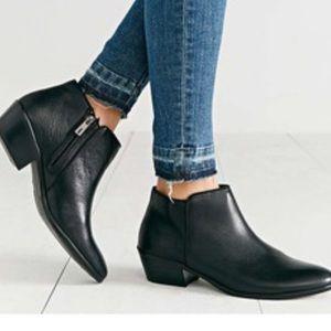 Sam Edelman petty black leather boot Sz 7.5